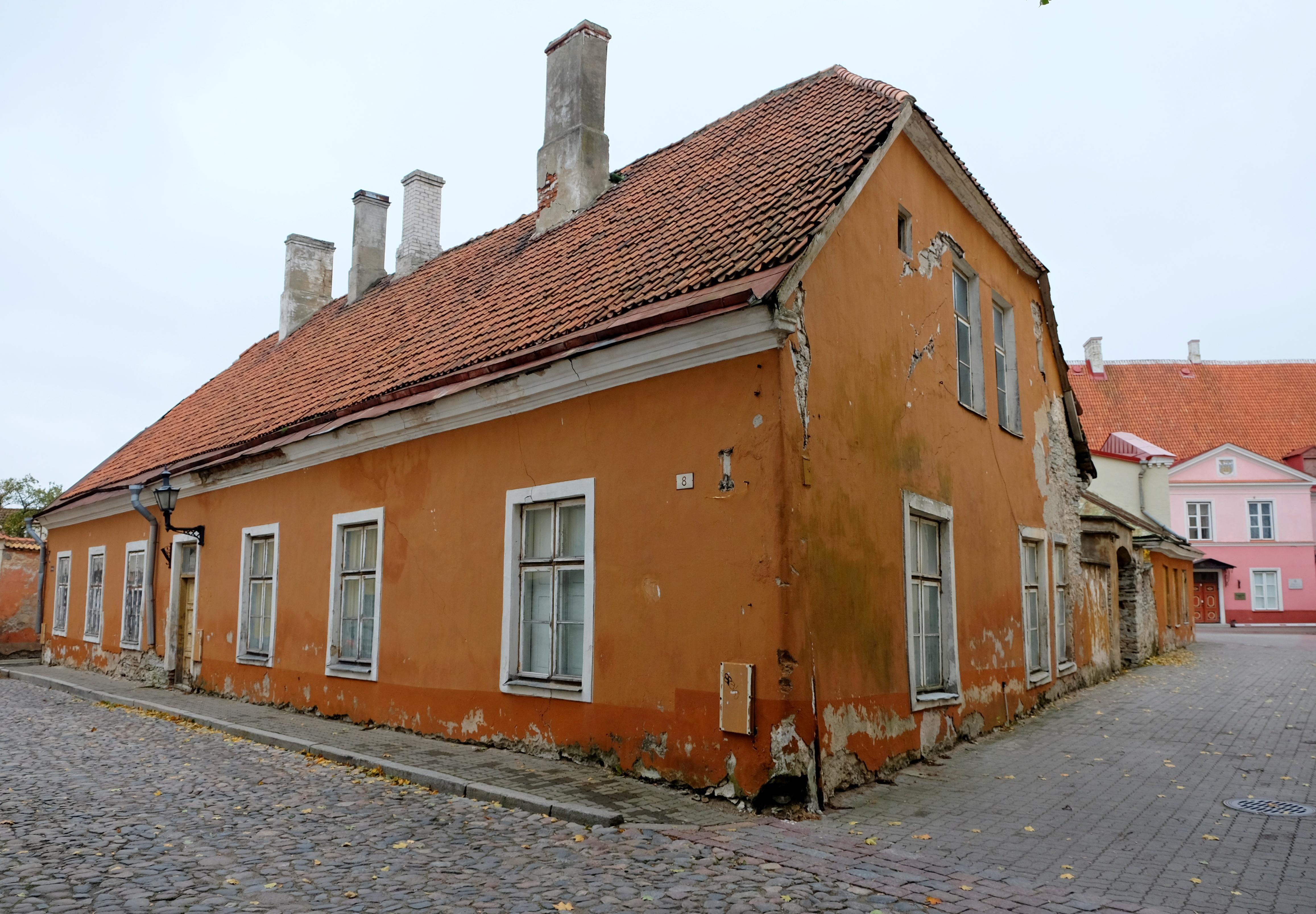 Haus sanieren lassen - Kosten-Überblick einer Haussanierung