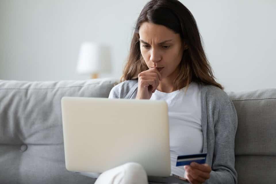 Kreditbetrüger auf Facebook oder Instagram